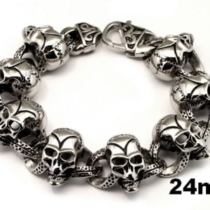 New stainless steel skull bracelet
